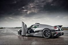 The Koenigsegg Agera - 273kph without trying! Click the pic for the #VIDEO.