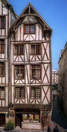 A 15th century house on rue François Miron, at the corner of rue Cloche-Perce, Paris [François Miron was the «prévôt des marchands» from 1604to1606]