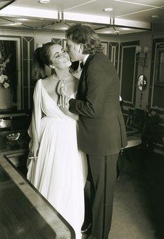 Rare Photos of Elizabeth Taylor and Richard Burton Reveal Secrets of Their Legendary Romance