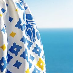 The Moroccan pottery is living on this 100% cotton skirt.