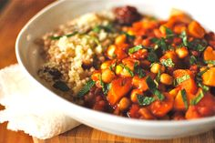 Tunisian-style Chickpea and Vegetable Tagine with Apricot Couscous Recipe on Yummly. Tagine Recipes, Couscous Recipes, Vegetarian Recipes, Cooking Recipes, Healthy Recipes, Vegetarian Dinners, Vegan Meals, Vegetable Couscous, Tunisian Food