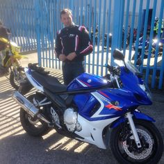 Here's Jason, who recently passed his DAS recently, popped in to RJH HQ to show off his bike. We love it! 🏍