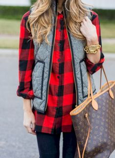 Elegant Buffalo Check Outfit For Women Look More Beautiful 210