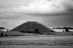 Silbury Hill - The largest man made mound in Europe, no one can say for sure why the hill was built, though one group has alleged that it was the only way the builders knew of immobilising a great evil. The ghost of King Sil is also said to ride around the base of the mound on moonlit nights, while others believe that a horse and rider of solid gold are contained within. Finally, another ghost, this time headless, is said to haunt the base.
