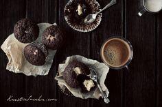 muffiny przepis, muffinki czekoladowe z masą serową