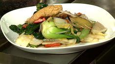 «On peut ajouter à cette recette de plat principal végétarien le ou les légumes de son choix. Pour obtenir une cuisson égale de tous les...