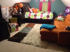 Dorm rearranging on pinterest dorm room dorm and dorm ideas for Rearrange my room