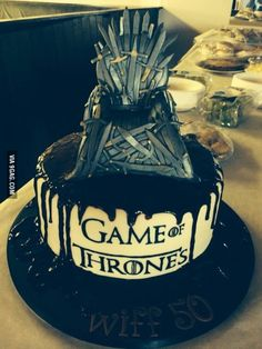 """""""Here's the super cool cake my sister surprised me with"""""""