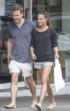 Michael Fassbender goes barefoot as he joins new girlfriend Alicia Vikander for a romantic stroll through Sydney   Read more: http://www.dailymail.co.uk/tvshowbiz/article-2860825/Michael-Fassbender-joins-new-girlfriend-Alicia-Vikander-romantic-stroll-Sydney-barefoot.html#ixzz3Ky4Gw1j3 Follow us: @MailOnline on Twitter | DailyMail on Facebook
