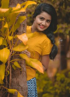 Edit photo of Anu😍 Indian Bride Photography Poses, Teenage Girl Photography, Teen Girl Poses, Cute Girl Poses, Dehati Girl Photo, Girl Photo Poses, Beautiful Blonde Girl, Beautiful Girl Photo, Cool Girl Pictures