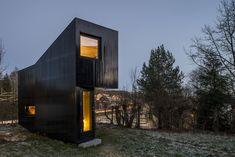 Vorgarten-Refugium in Schwarz: Schreibstube in Oslo - DETAIL.de - das Architektur- und Bau-Portal