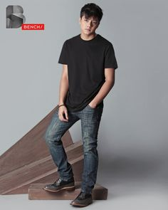 is a man of action with a black tee and a ruggedly dark pair of skinny jeans. Philippines Outfit, King Of Hearts, Blue Hearts, Daniel Johns, Daniel Padilla, John Ford, Global Brands, My Design, Dj