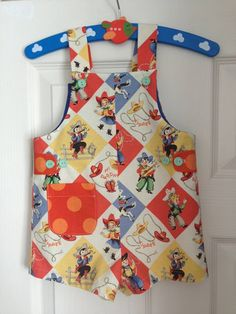 super cute dungarees made from a vintage 1970s pattern! Age 1 year £28 #dungarees #sparklesdesigns #retroprint #vintageremake #babyboysclothes