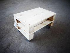 Drewniany stolik kawowy! (sprzedawca: Kolorum), do kupienia w DecoBazaar.com