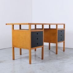 Writing desk from the fifties by Jaap Penraat for Pentagonia