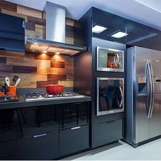 74 veces he visto estas espléndidas cocinas ideas. Modern Kitchen Cabinets, Modern Kitchen Design, Kitchen Interior, New Kitchen, Kitchen Decor, Black Kitchens, Home Kitchens, Modern Kitchens, Style At Home