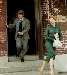 """Bonnie and Clyde"" Lisa Parker, Bonnie Parker, Bonnie And Clyde 2013, 1940s Fashion, Vintage Fashion, Pretty Boy Floyd, Leather Restoration, Holliday Grainger, Faye Dunaway"