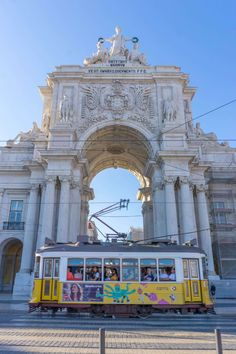 Rua Augusta Arch - what to see in Lisbon in 3 days Spain And Portugal, Portugal Travel, Portugal Trip, Barcelona Hotels, Hidden Beach, Europe, Walking Tour, Travel Inspiration, Travel Ideas