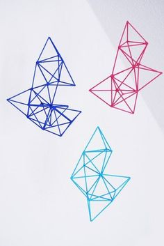 DIY mobiles roundup, including this wonderful geometric mobile made from toothpicks and glue. Diy Projects To Try, Craft Projects, Estilo Tribal, Glue Painting, Geometric Shapes, Art Lessons, Chandeliers, Diy And Crafts, Crafty