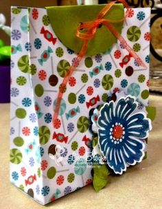 Discover how to create this easy gift bag with your paper crafting supplies!