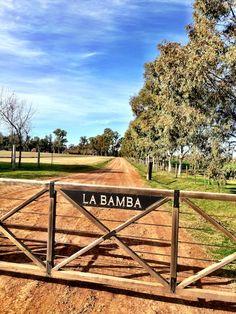 Tranquera de la estancia 'La Bamba', San Antonio de Areco, prov. de Buenos Aires, AR