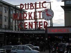 Public Market Center and the Farmer's market - Pike Place ( Seattle - 2008 ) - The Learning Point Depth First Search, Places Ive Been, Places To Go, Learn Computer Science, Dc Circuit, Game Theory, Stuff To Do, Seattle, Public