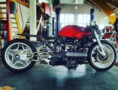 BMW K USD Radical