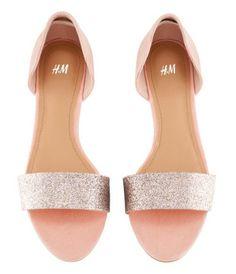 H Sandal