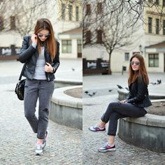 Gray outfits with Nike air mx thea