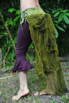 Elf green and purple clothes. Fusion Piece- Felt Tree Of Life Bustle Corset Belt With Long Silk by frixiegirl. Faerie Costume, Steampunk, Felt Tree, Fairy Clothes, Corset Belt, Fantasy Costumes, Larp, Boho, Costume Design