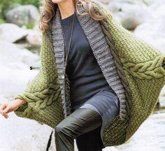 Poncho mit Ärmeln für Frauen, Wolle, Alpaka Kabel, Handarbeit stricken