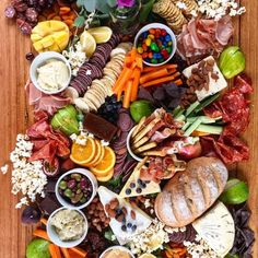 need-some-platter-inspo-for-the-weekend-how-amazing-does-this-creation.jpeg (720×720)