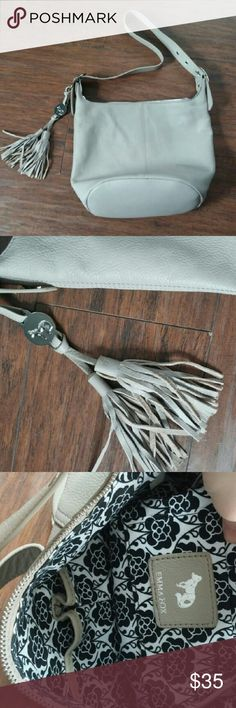 NWOT Emma Fox Bucket Bag Love this bag! It's perfect for everyday. Genuine leather. Grey color. Bags