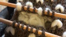 Poimi syntyvät silmukat, kun ylimääräinen lanka on poistettu.