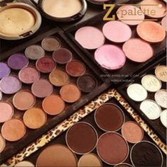 ⭐ZPALETTE⭐ Store your favorite makeup items in magnetic Z Palettes. This makes them more portable while saving space, they are much more travel friendly. Available in different sizes and colors.  خزني الماكياج المفضل لديك في لوحات مغناطيسيه من زي باليت لتوفري المساحه و سهوله الاستخدام كما تصبح سهله في السفر وهي متوفره باحجام والوان مختلفه ---------------------------- To order visit the link in profile ☝ |www.mrs-kim.com| Delivery 2-3 days (Bahrain) 3-4 days (GCC). Payment in cash on…