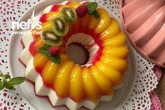 Yaz Şöleni Pastası Tarifi nasıl yapılır? 4.562 kişinin defterindeki Yaz Şöleni Pastası Tarifi'nin detaylı anlatımı ve deneyenlerin fotoğrafları burada. Turkish Recipes, Ethnic Recipes, Iftar, Tiramisu, Sushi, Pudding, Sweets, Desserts, Cake