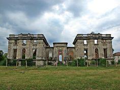 Locuri superbe din Romania vazute de noi si pe care ti le recomandam si tie-Locuri superbe din Romania vazute de noi si pe care ti le recomandam si tie Romania, Beautiful Places, Mansions, House Styles, Manor Houses, Villas, Mansion, Palaces, Mansion Houses