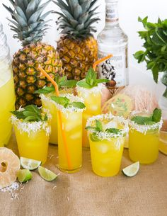 Captain Morgan® Coconut Rum + Pineapple Juice to top of glass) Party Drinks, Fun Drinks, Alcoholic Drinks, Beverages, Summer Cocktails, Cocktail Drinks, Cocktail Recipes, Pineapple Juice, Pineapple Express