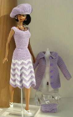 The most beautiful crocheted doll clothes I've ever seen!!!