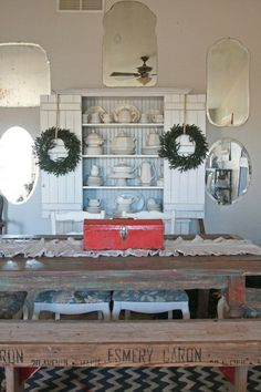 This Friday I am featuring a few more beautiful homes with some festive Holiday decor. View last weeks homes here. It was a pleasure to feature Erin's home from the blog House of Earnest. You can see her home tour here. Check out her stunning Holiday decor. See more pictures of her Holiday decorating here. …