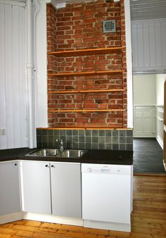 (4) FINN – Flott leilighet supersentralt i Vika, stille i enveiskjørt gate ned fra slottet!