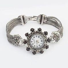 Women's Flower Round Dial Alloy Band Fashion Bracelet Watch – USD $ 7.99
