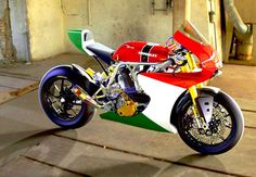 Ducati Cafe Racer TT-Series design by Desmo Design #motorcycles #caferacer #motos | caferacerpasion.com