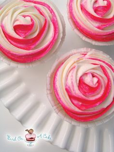 Bird On A Cake: Perfectly Packaged Rose Cupcakes