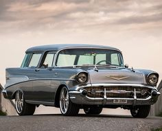 Wagonation - Where Station Wagons Still Roam Free Classic Trucks, Classic Cars, Chevy Nomad, Chevy Muscle Cars, Car Chevrolet, Car Colors, Drag Cars, Us Cars, Station Wagon