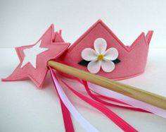 Wool Felt Crown and Wand cotton candy pink by dreamchildstudio