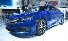 2017 Honda Civic exterior, alloy wheels and headlights