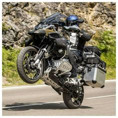 Classic Car Insurance – Information And Tips – Best Worst Car Insurance Bmw Adventure Bike, Gs 1200 Adventure, Off Road Adventure, Motos Bmw, Bmw Motorbikes, Street Motorcycles, Bike Bmw, Touring Bike, Motorcycle Touring