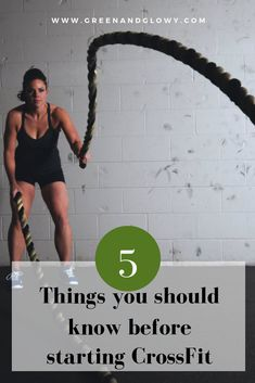 Considering jumping on the CrossFit wagon? Well, there's probably some things you should know before starting this discipline. Healthy Eating Habits, Healthy Lifestyle Tips, Fitness Tips, Fitness Motivation, Meditation Techniques, Nutrition Tips, Self Development, Natural Health, Fitness Inspiration