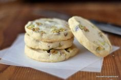 Pistachio Shortbread Cookies ~ a classic buttery shortbread slice and bake cookie loaded with fresh pistachios! Pistachio Shortbread Cookies ~ a classic buttery shortbread slice and bake cookie loaded with fresh pistachios! Holiday Cookie Recipes, Cookie Desserts, Holiday Cookies, Dessert Recipes, Holiday Baking, Snack Recipes, Snacks, Biscuit Cookies, No Bake Cookies